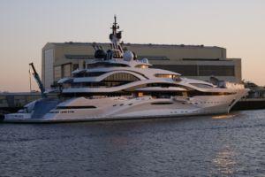 luxury yacht 3430348 scaled